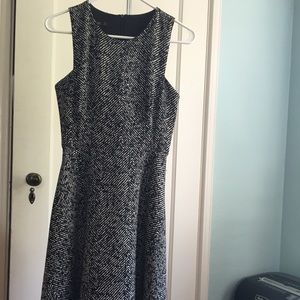 Zara midi dress in black and white print XS
